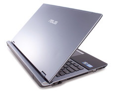 ASUS officially unveils the 15-inch U56 notebook