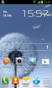the proprietary Launcher Touchwiz 4.0 but