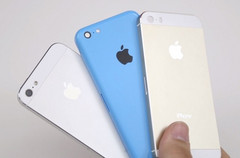 Apple's iPhone 5S is four times more popular than the iPhone 5C