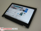 Handling a 13.3-inch, 1.5+ kg tablet can be difficult at first