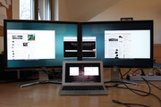 "The DisplayPort can feed 2 24"" monitors with 1920x1200 using DualHead2Go from Matrox (or one 30"" display with 2560x1600)."