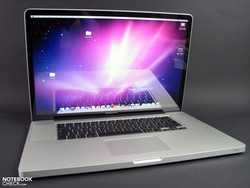 Apple MacBook Pro 17 Early 2011 (2.2 GHz quad core, glare)
