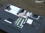 The Lenovo B560's innards don't seem to be particularly interesting.