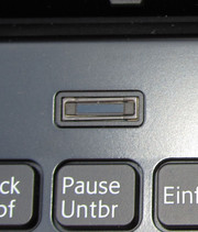 Access to Windows can be restricted by the fingerprint reader. The required software is pre-installed.
