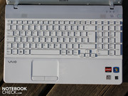 The input devices are perfect for office work, in particular the wide keyboard with its good feedback.
