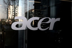 Acer reduces 2011 tablet shipment goal to 2.5m units