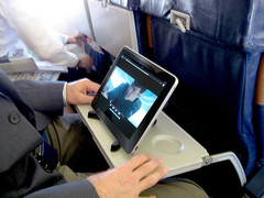 Entertainment systems replaced by iPads on airplanes