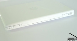 "Apple MacBook 13"" Interfaces"