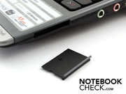 The connectivity is netbook standard. Here, the cardreader (right).