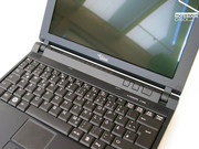 The magnesium case not only provides impressive stability for the Lifebook P7230,...