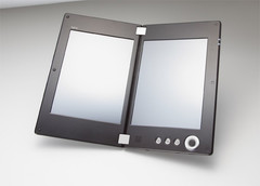 CES 2011: NEC's dual screen Android tablet unveiled