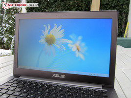 Outdoor use Asus VivoBook U38DT-R3001H