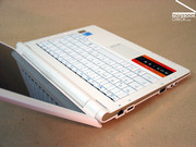 The chassis gives the whole laptop a very good stability which makes it really good for mobile use.