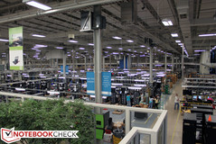 The production: Server production line in the Houston HP complex