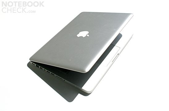 "Apple MacBook Pro 13"" made of aluminum"