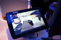 Intel unveils Tizen tablets at CES