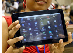 College libraries plan to go digital thanks to Aakash