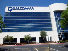 Qualcomm acquires display startup, plans advance screen technology